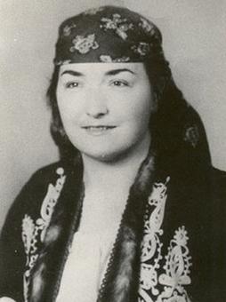 Българска народна певица Бойка Присадова